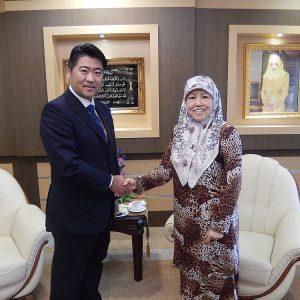 ブルネイ訪問でマスナ王女(外務貿易省.無任所大使)と会談。二国間関係の更なる強化を確認しました。