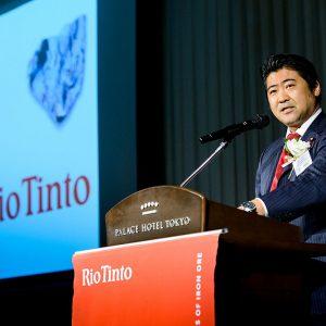 リオティント社による日本への鉄鉱石出荷50周年記念パーティーに出席し、日豪EPAやTPP協定に触れつつ、日豪関係の一層の発展に皆で共に取り組んでいきたいとお伝えしました。